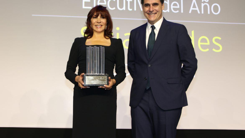 Siria Jeldes es reconocida como mejor ejecutiva del año