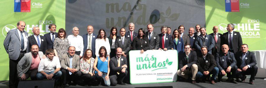 Cooperativas de Chile en el Lanzamiento del Plan Nacional de Asociatividad del Ministerio de Agricultura